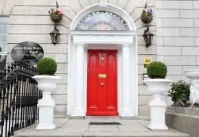 Leeson Main Door